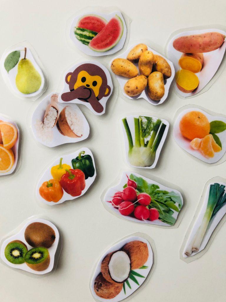 Diverse Lebensmittel, Kartoffeln, Obst, Gemüse